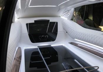 Vehicule de transport de corps