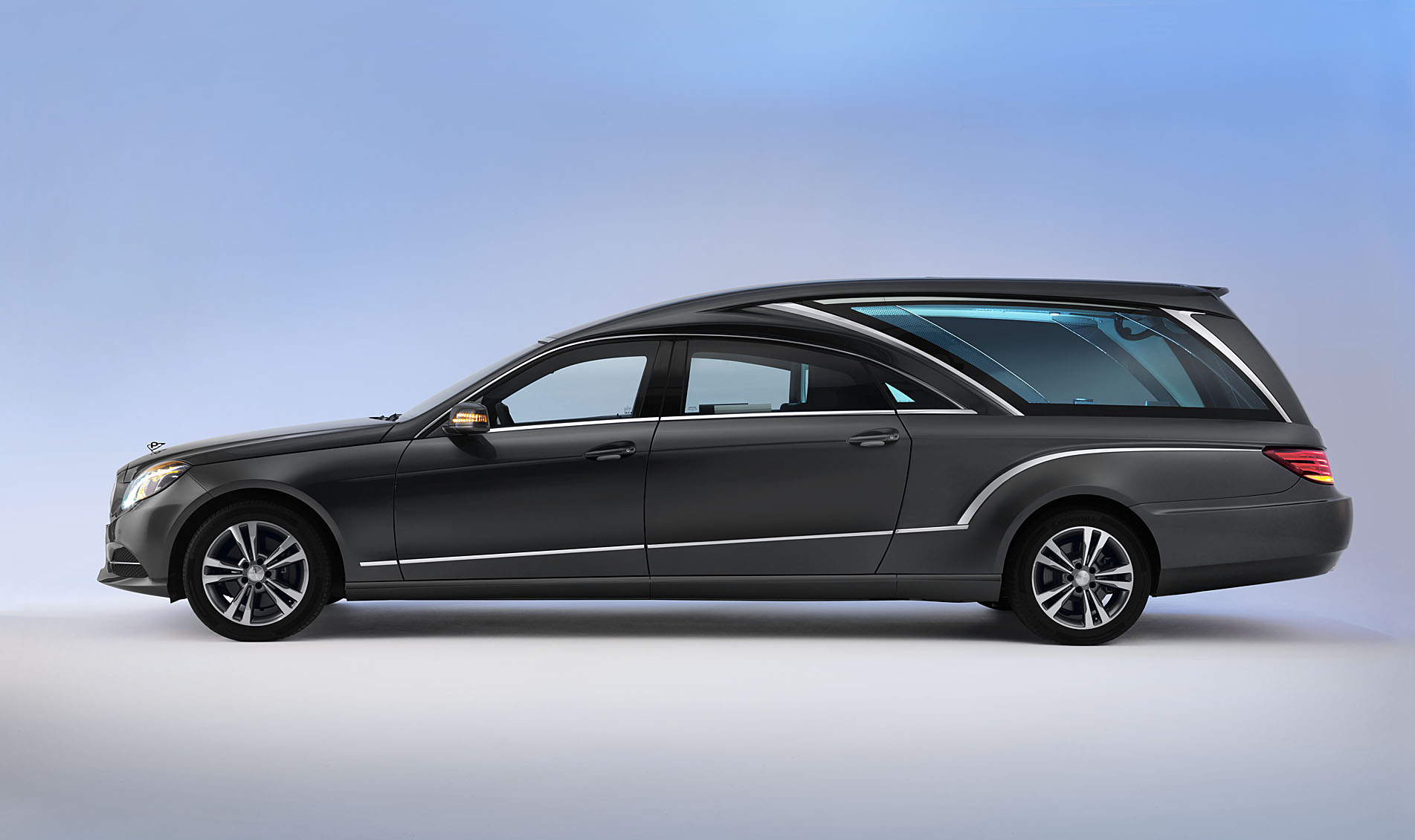 Mercedes Transport de corps
